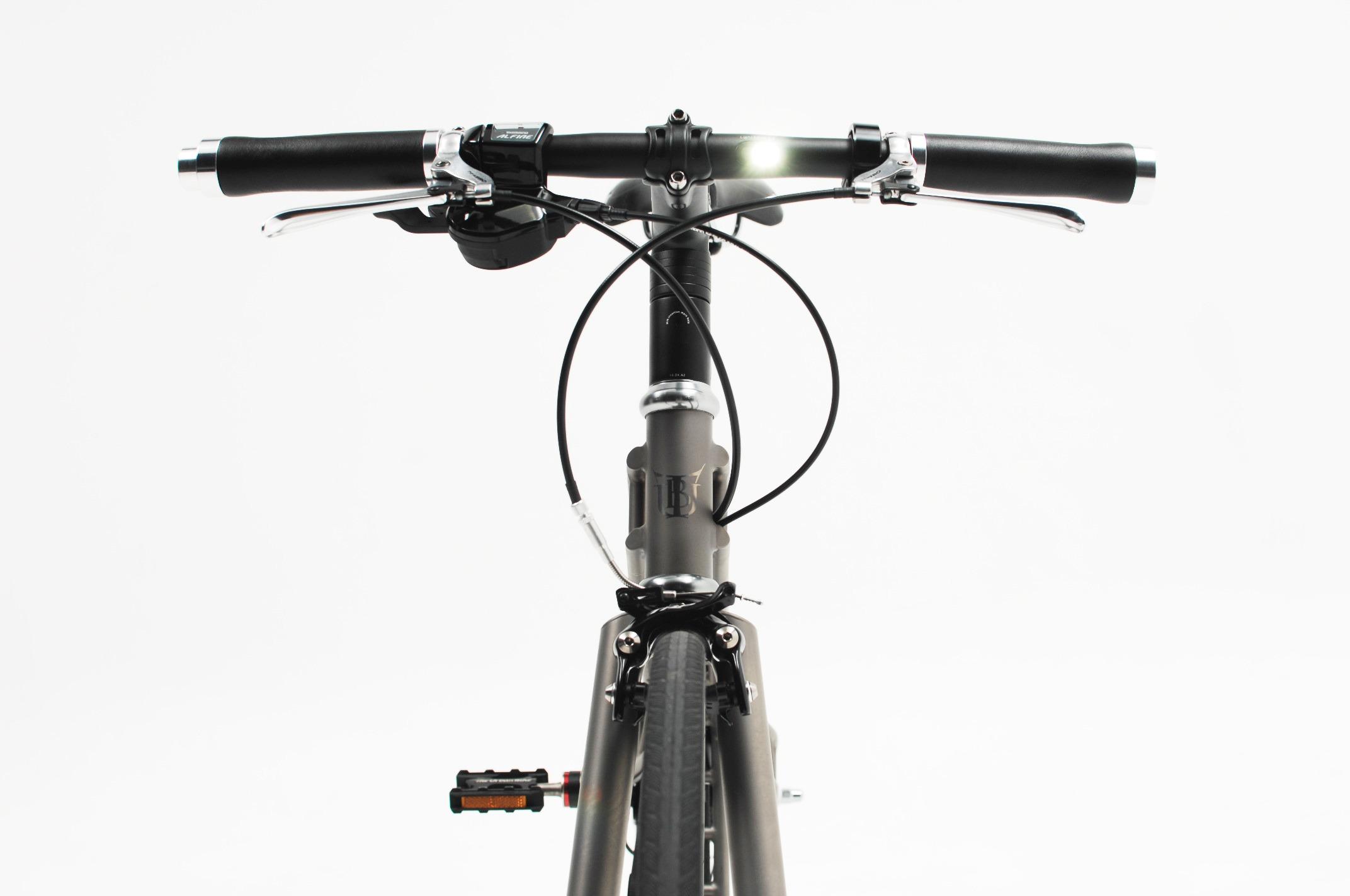 lightskin handlebar