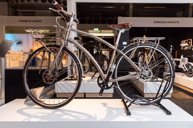 bicycle dealer